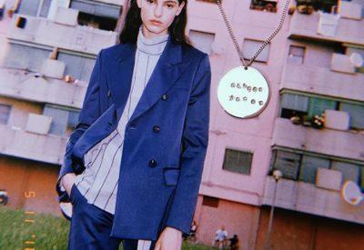 Nos encanta que nuestro modelo #colganteplacagrabada